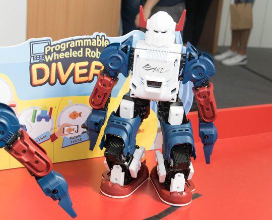 Noen tøffere? Du kan bygge og programmere din egen Transformer.