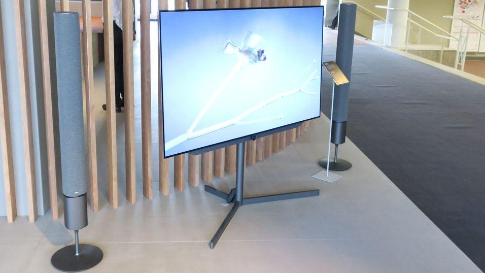 Loewe hiver seg på OLED-bølgen