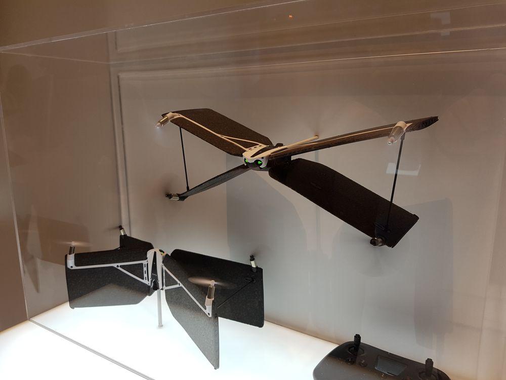 Her ser du Swing i både fly- og takeoff-modus.