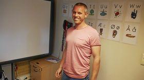 ENESTE MANN: Martin Høy er den eneste mannlige læreren blant årets førsteklassinger i Oppegård-skolene.