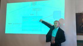 Simula-professor Olav Lysne har ledet utvalget som har utarbeidet rapporten om en norsk, digital grensekontroll.