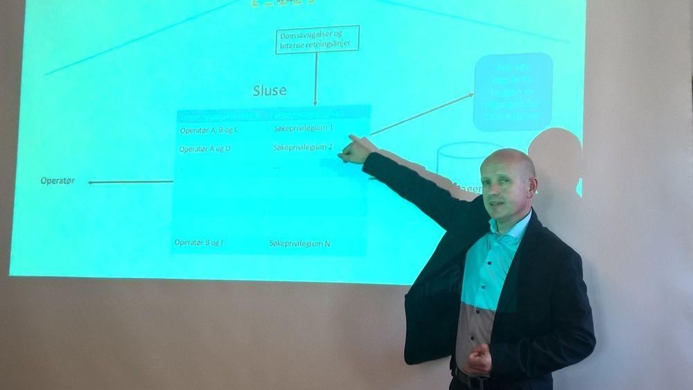 Simula-professor Olav Lysne har ledet utvalget som har utarbeidet rapporten om en norsk «digital grensekontroll».