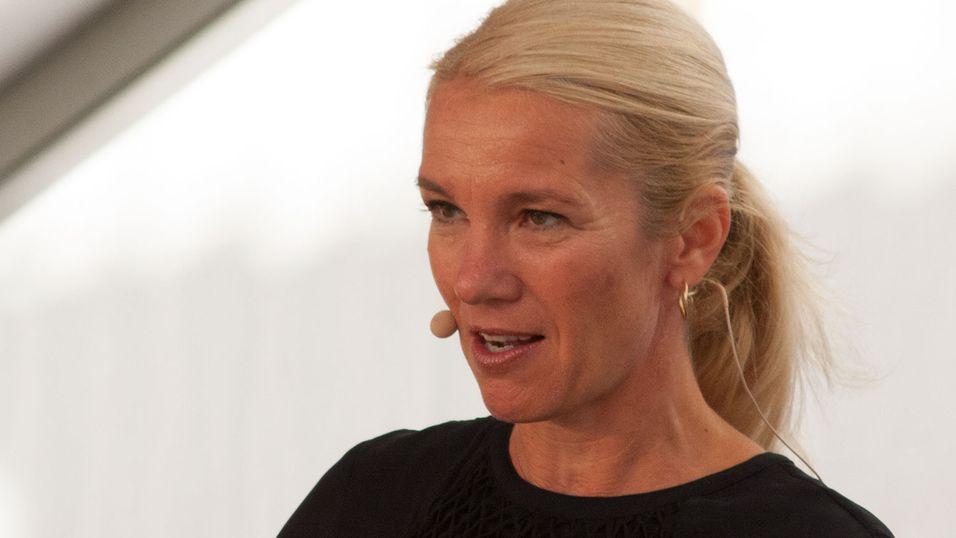 Ordfører Christine Sagen Helgø (Høyre) i Stavanger mener styreleder Harald Espedal burde informert henne om budet. Beløpet kunne løst kommunenes budsjettproblemer på flekken.