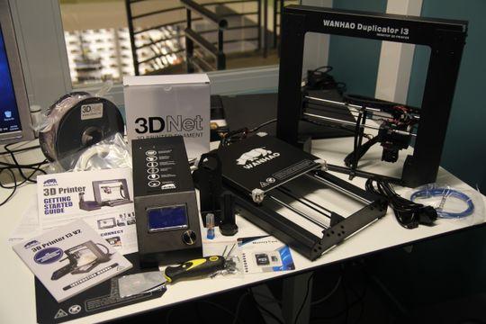 Wanhao Duplicator i3 V2.1 leveres flatpakket i tre deler og veier tilsammen ti kilo.