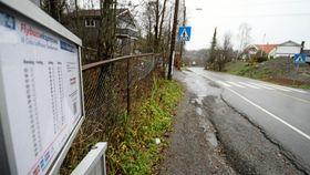 FORSVINNER SNART: Stoppetstedet for busser her i Oppegård syd vil snart ikke lenger få noen busser i det hele tatt.