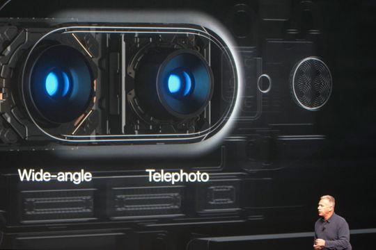iPhone 7 Plus får en ekstra telelinse, i tillegg til vidvinkellinsen.