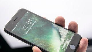 Apple skal trolig lansere  tre  iPhone-modeller neste år