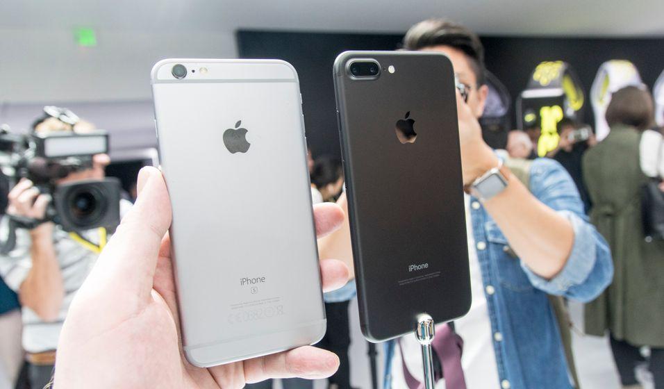 iPhone-brukere opplevde at den nye iOS-oppdateringen gjorde telefonene deres midlertidig ubrukelige.