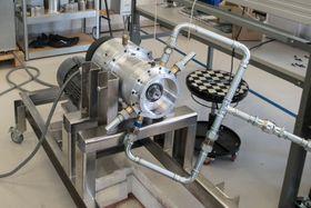 Kompressor. Den samme CR-mekanismen fungerer også om kompressor med små modifikasjoner.