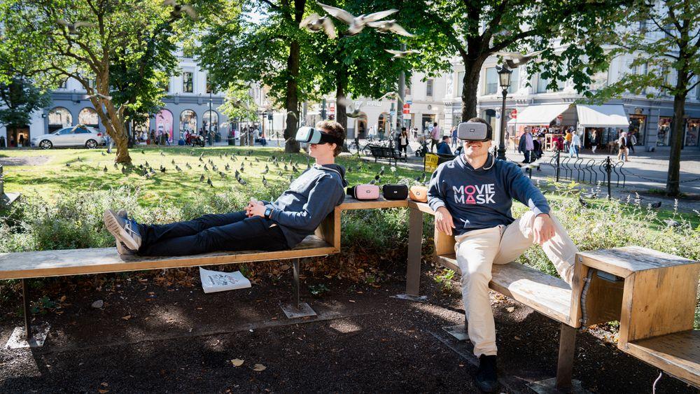 Eirik Wahlstrøm og Harald Manheim satser på 2D-briller Moviemask i et marked der alle snakker om VR.