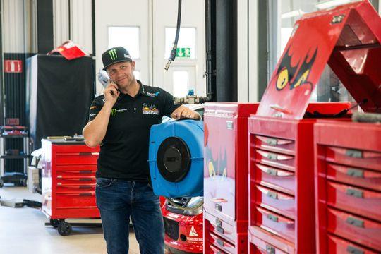 I tillegg til et velutstyrt verksted i garasjen har PSRX mange samarbeidspartnere i nærmiljøet rundt Torsby.