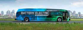 Formen på denne bussen er typisk amerikansk.