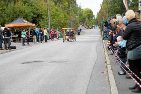 FART OG SPENNING: Kolbotn Grand Prix arrangeres for tiende gang søndag. Møt opp og se århundrets billøp!