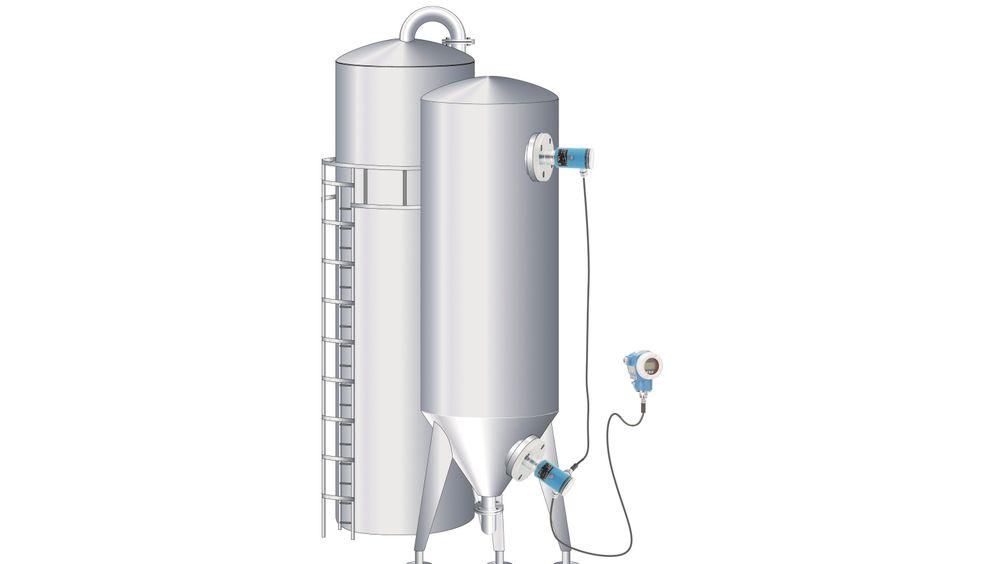 I en lukket tank må gasstrykket i toppen måles og trekkes fra væsketrykket. Elektronisk differansetrykkmåling er ofte suveren i slike applikasjoner fordi varierende omgivelsestemperaturer ikke forstyrrer målingen.