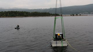 Her tester de en 13 år gammel idé i en av Norges sterkeste tidevannsstrømmer
