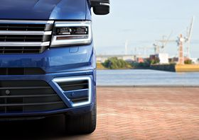 E-Crafterhar fått samme design på dagtidskjørelysene som selskapets øvrige elbiler. (Foto: Volkswagen)
