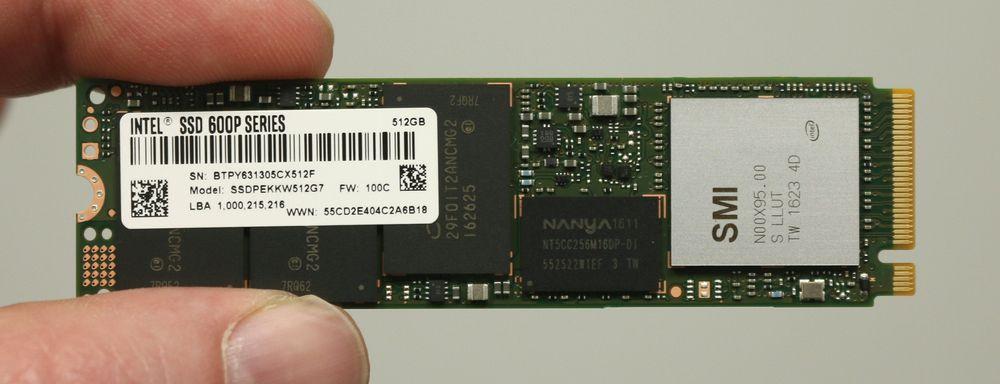 Intel SSD 600p Series bruker M.2-formfaktoren, noe som gjør den ekstra liten.