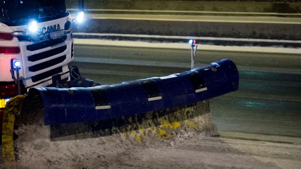 Statens vegvesen utbetaler store summer til ulike entreprenører for vintervedlikehold av norske veier.