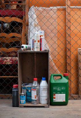 FARLIG: Det er mye farlig avfall der ute som må behandles og leveres riktig.