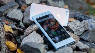 Klarer Sonys nye kompakte mobil å hamle opp med mini-iPhone?