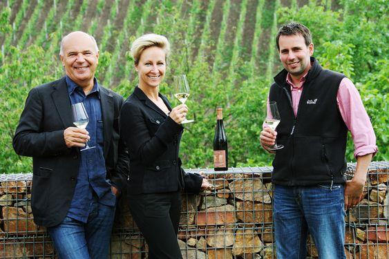 Jens Reidel og Christine Dinse overtok Gut Hermannsberg i 2009. Vinmaker er Karsten Peter.