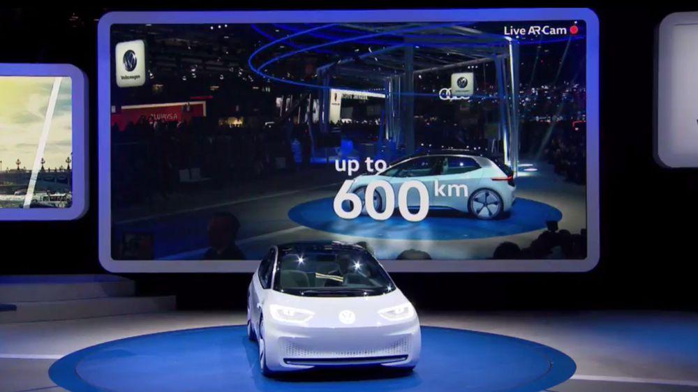 Volkswagen åpnet Paris motor show med å vise fram konseptet I.D. som peker mot en kommende elbilfamilie.