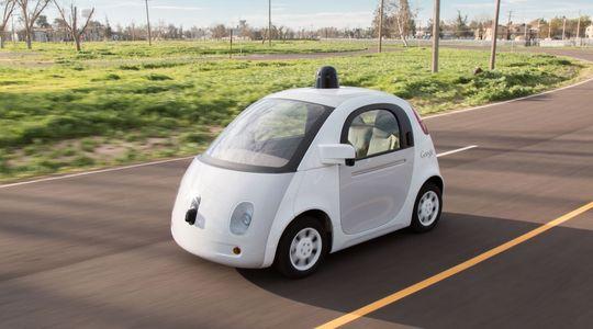 Selvkjørende biler forskes det mye på, og er en lovende teknologi.