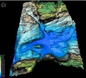 Her ser man fremstillingen av havbunnen i Bjørnafjorden ved hjelp av multistråle-ekkolodd.