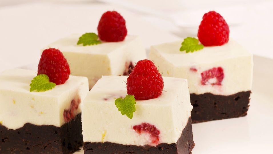 UKENS KAKE: Både brownie og ostekake i samme stykke bare må smake godt