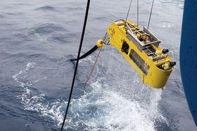 Dette er en del av den 270 meter lange antennen som EMGS bruker for å lete etter olje under havbunnen.