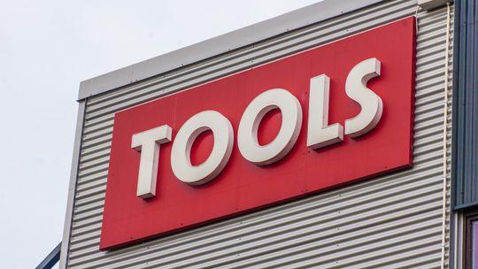 TOOLS har et av landets beste utvalg av elektroverktøy i 60 butikker over hele landet.