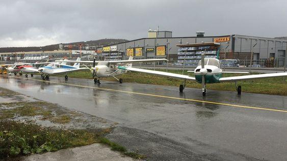 NI FLY: Totalt ni fly sto utstilt da Tromsø Flyklubb inviterte til åpen dag på lørdag.