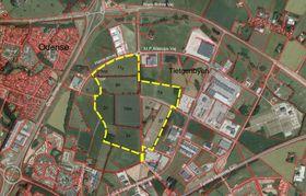 Facebook skal føre opp tre digre datahaller på den 50 hektar store tomta, som ligger i næringsområdet Tietgenbyen sør for Odense, ifølge lokalavisen. Faksimile.