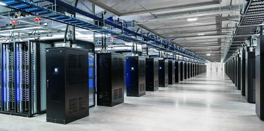 Facebook skal ha sikret seg en tomt på 0,5 millioner kvadratmeter i danske Odense. Tomta skal huse IT-gigantens hittil største datasenter i Skandinavia. Illustrasjonsbilde.