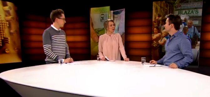 Urix 11. februar - programleder Hege Moe Eriksen sammen med Kristian Tonning Riise og Eirik Vold.
