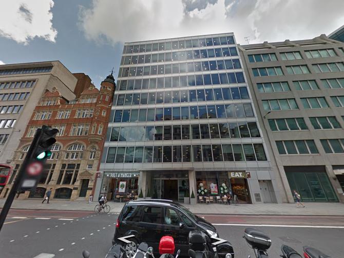 DN forlater nå lokalene i dette bygget i Farringdon Street, London City. (Foto: Google maps)