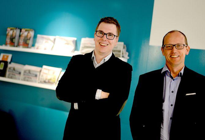 INTERESSERT I ENKELTAVISER? Publisher Eirik Hoff Lysholm og konsernsjef Per Magne Tveiten i Mentor Medier. (Arkivfoto)