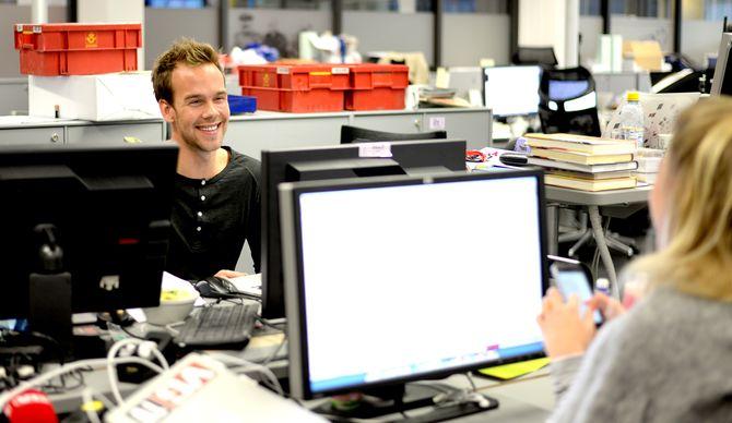 NÅR ENDA FLERE: Nå kan enda flere se Morten Hegseths «Panelet» på vanlig TV. Til høyre; Siri Pallesen.