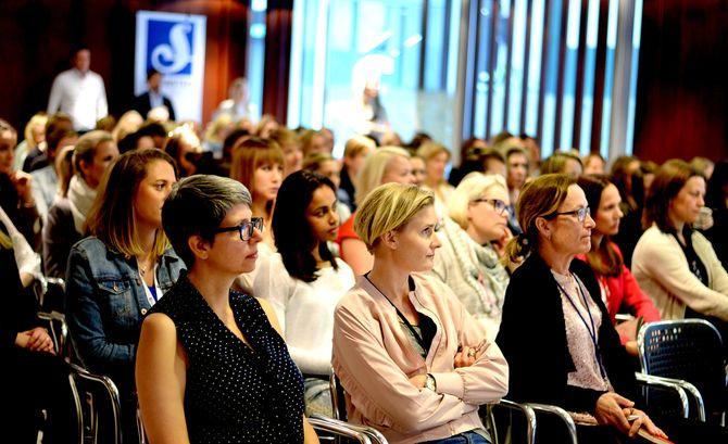 Flest kvinner i salen, for en gangs skyld i Schibsteds auditorie.