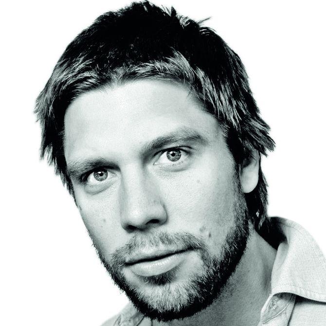 KJETIL ØSTLI, journalist og forfatter. (Forfatterportrett: Olav Urdahl, Cappelen Damm)