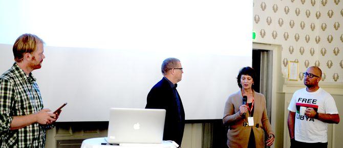 PK-leder Sveinung Uddu Ystad ledet debatten.