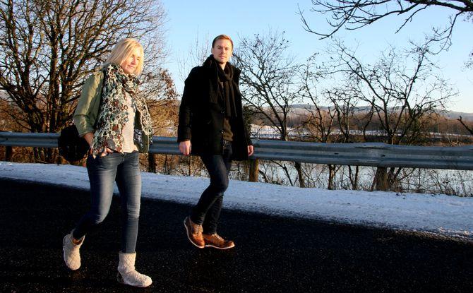 Nordre Aker Budstikke er på vei mot suksess i byen der nesten ingen klarer å drive lokalavis: Journalist Kristin Tufte Haga og redaktør Karl Andreas Kjelstrup. (Foto: NAB.no)