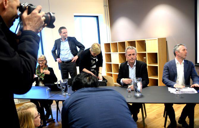 LOKALE MEDEIERE? Kan Sparebankstiftelsen DNB få med seg lokale investorer til mediehusene, spør Geir Terje Ruud.