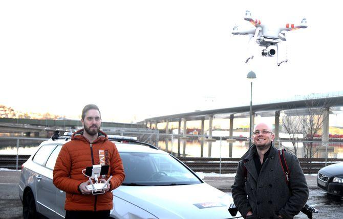 FLYR VIDERE: - Vi har tro på fortsettelsen, sier Alexander Jansen.