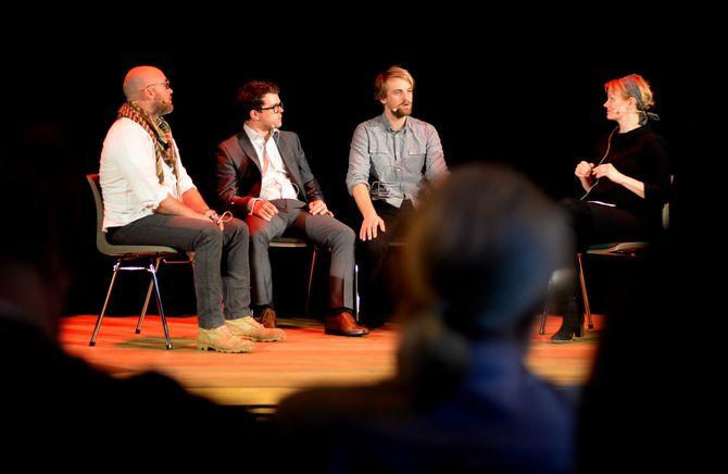 Prisvinnerne intervjues av Sigrid Sollund, til daglig journalist og programleder i NRK.