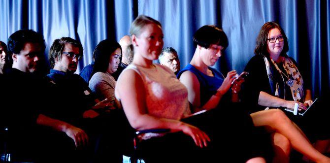 Fra NONA-konferansen mandag. I midten foran (i blått); leder Ingeborg Volan.