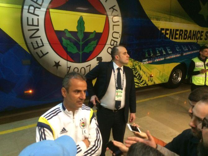 20. april 2015 var jeg blant journalistene som møtte daværende Fenerbahce-trener Ismail Kartal i mixed-zone under klubbens stadion i Istanbul. (Foto: Fredrik Drevon)