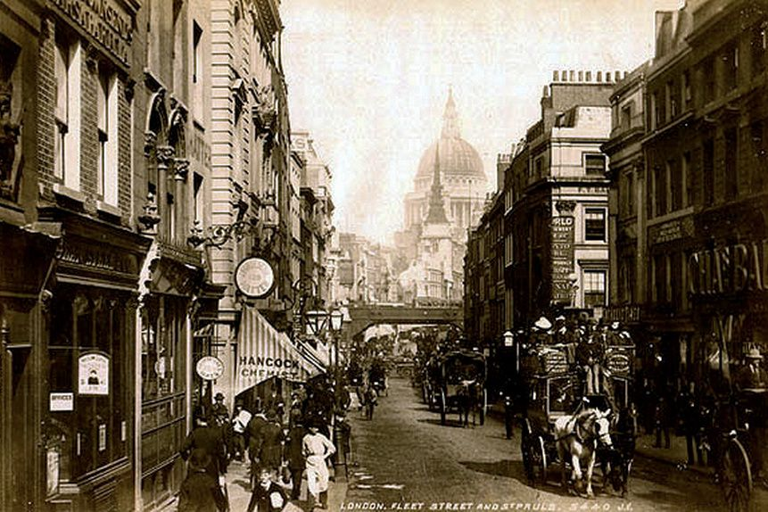 Fleet Street i London, rundt 1890 - med utsikt mot St. Paul's Cathedral.
