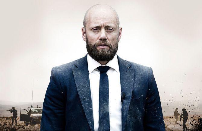 AKSEL HENNIE spiller hovedrollen som løytnant Erling Riiser i dramaserien «Nobel».