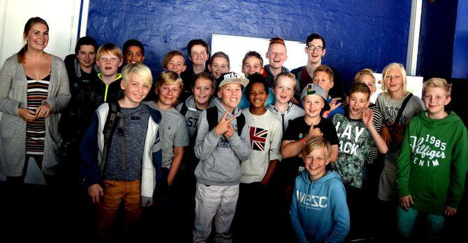 PÅ «YOUTUBE-SKOLEN»: En av flere grupper som i sommer har gått på en ukeslang skole hos Nordic Screens.